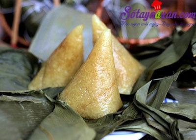 Công thức làm bánh ú tro đậm đà hương vị quê hương