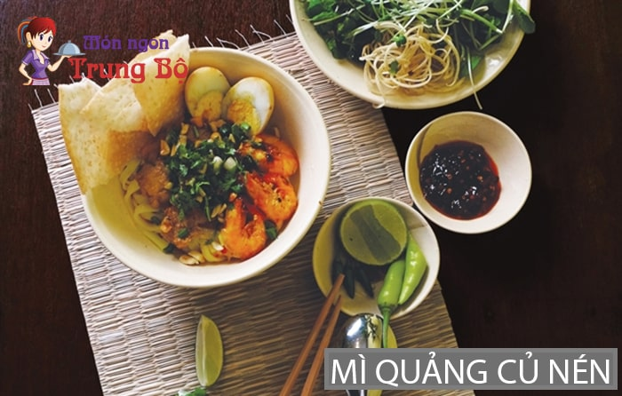 Món mì Quảng củ nén