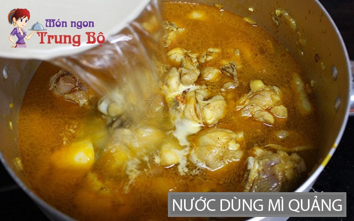 Nước dùng mì Quảng củ nén