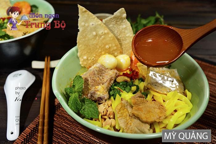 Mỳ Quảng là món ăn đặc trưng của Nam Trung Bộ