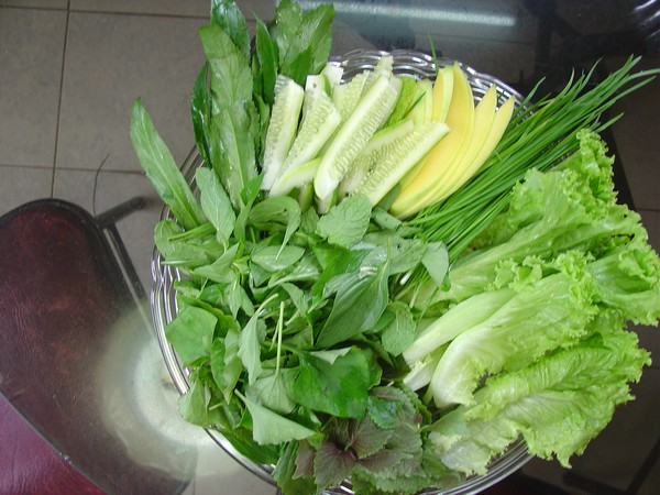Những điều bạn cần biết về món bánh tráng cuốn thịt heo ở Đà Nẵng 2