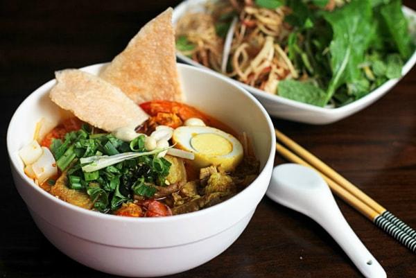 Những món ăn đặc sản Đà Nẵng mà bạn không thể bỏ qua 1