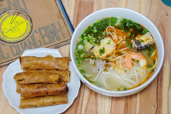 Ăn gì khi đi du lịch Quảng Bình? 2