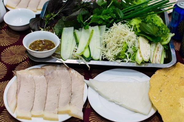 Mách bạn những quán ăn lâu đời đông khách ở Đà Nẵng 2