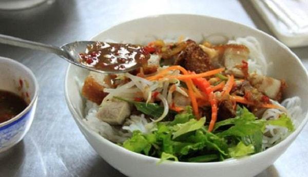 10 món ngon miền Trung nổi tiếng giữa lòng Hà Nội 3