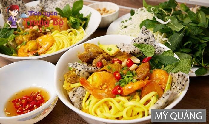 Mì Quảng là đặc sản miền Trung nổi tiếng ở Hà Nội