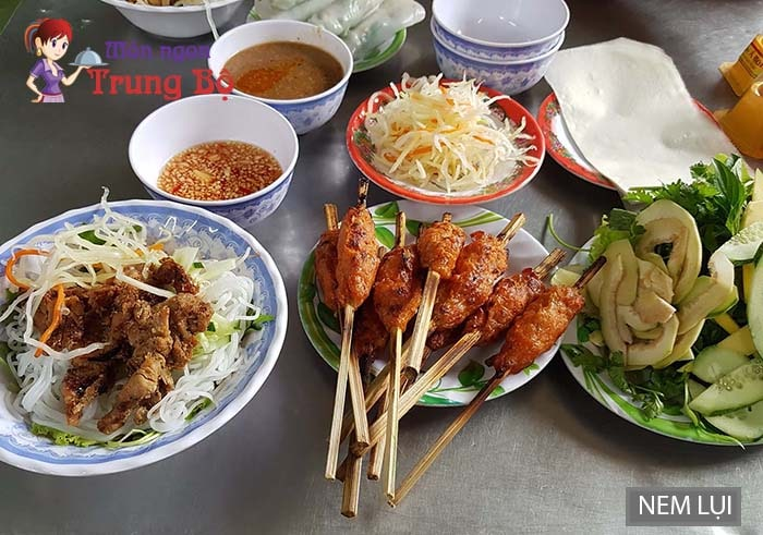 Nem lụi cũng là món ăn đặc sản Huế