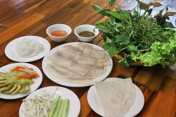 quán bánh tráng cuốn thịt heo ngon ở Hà Nội 3