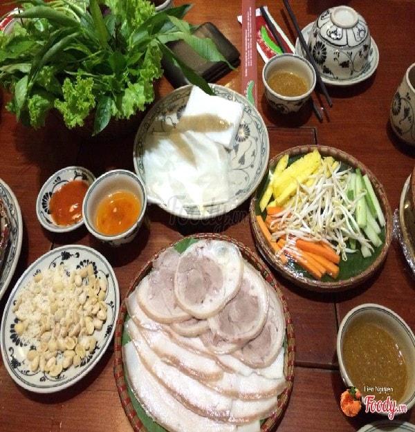 quán bánh tráng cuốn thịt heo ngon ở Hà Nội 8